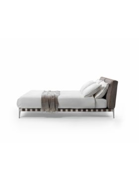 Flexform Gregory bed