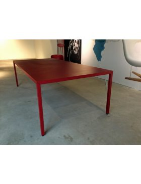 MDf italia steel table