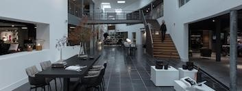 Design Kleine Tafeltjes.Design Bijzettafels Van Der Donk Interieur